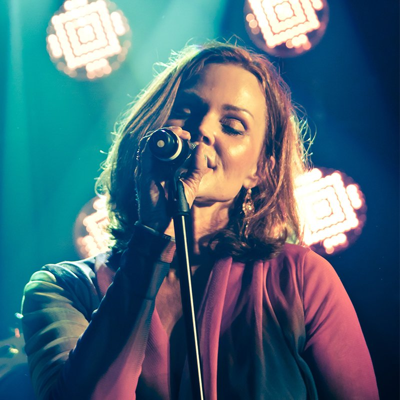 Belinda Carlisle - Mighty Hoopla